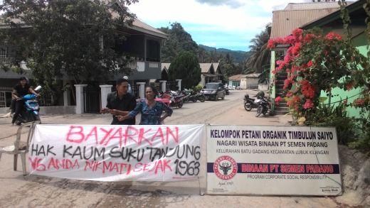 Tak Bayar Kompensasi, Warga Blokir Jalan Menuju Pertambangan PT Semen Padang