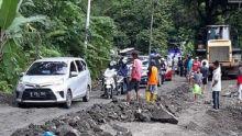 3 Titik Rawan Longsor di Lintas Sumbar - Riau, Sebaiknya Hindari Melintas di Malam Hari