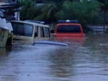 banjir-di-padang-satu-hanyut-pemko-buka-posko-bantuan-banjir