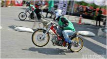 Perebutkan Piala Menpora dan Sepeda Motor dari Citilink, Kujurnas Drag Race Putaran II di Padang Diikuti Pembalap Nasional