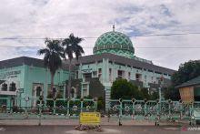 Masjid Agung Nurul Iman Padang Tiadakan Shalat Tarawih Berjamaah