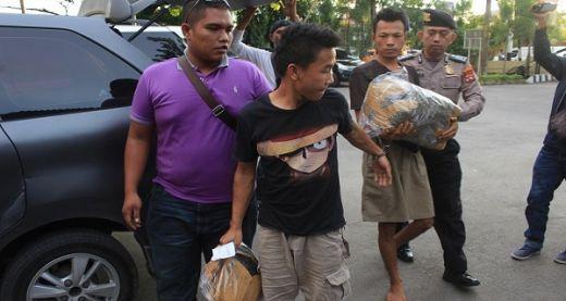 Kirim 2 Koli Ganja Pakai Jasa Pengiriman, 2 Pemuda Kota Solok Ditangkap Aparat Polsek Padang Barat