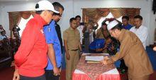 KONI Pasbar Teken MoU dengan Elite Pro Academy Semen Padang FC