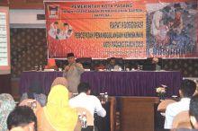 Pemerintah Kota Terus Tekan Angka Kemiskinan di Padang
