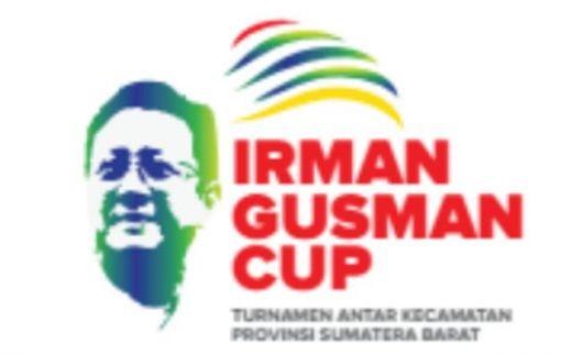 Berbahan Composite Gold Color Plated, Trophy Irman Gusman Cup Tiba di Padang Sebelum Kick-Off
