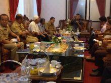 Harga Cabai Terus Melambang, Wako Padang Himbau Keluarga Tanam Cabai di Rumah