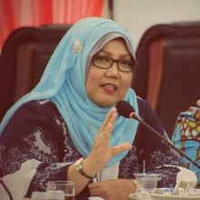 Diduga Salurkan Dana Aspirasi ke Yayasan Milik Suami, Elly Thrisyanti Dilaporkan ke Kejari Padang