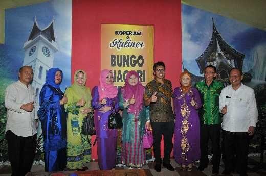 Gubernur Irwan Prayitno Launching Koperasi Bungo Nagari Sepakat dan Kuliner Khas Minang