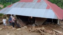 Akses Jalan Tertutup, Distribusi Bantuan untuk Korban Banjir dan Longsor di Solok Selatan Terkendala