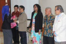 Temu Sastra Indonesia - Malaysia Ditutup, 12 Prosiding Dibukukan, Puisi 100 Penyair Dilaunching