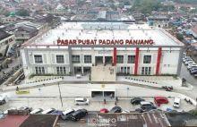 Memutus Rantai Penyebaran, Pedagang dan Pembeli di Pasar Pusat Padang Panjang Diimbau Patuhi Protokol Kesehatan