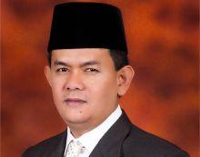 Senator DPD Nofi Candra Tuntut Pemerintah Selesaikan Masalah Anjloknya Harga Bawang Merah di Solok