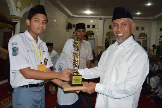 Tutup Pesantren Ramadan, Walikota Padang Ajak Warga Saling Menjaga