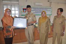 DKK Padang Peroleh ISO 9001:2008, Walikota: Palayanan Kesehatan Harus Lebih Baik