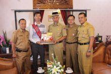 Komit Pendidikan, Walikota Padang : Mari Dukung Gerakan Sebar Sejuta Buku!