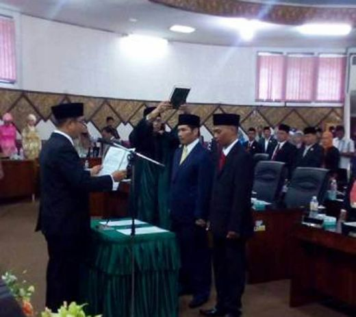 PAW Dua Anggota Dewan Dilantik, DPRD Padang Optimis Lebih Baik